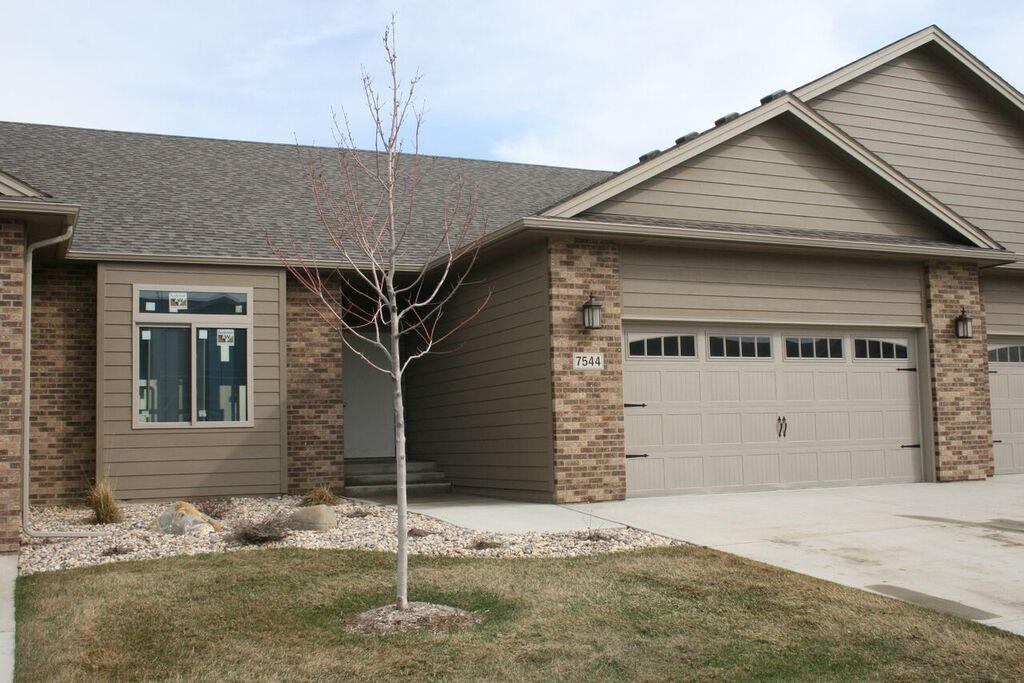 7544  Grand Arbor Pl Place, SIOUX FALLS
